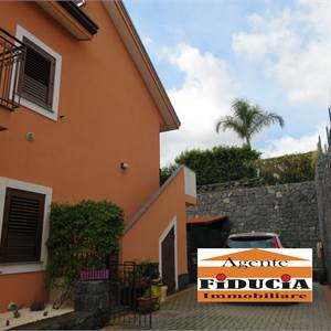 3br. or more apartment for Sale in Acireale